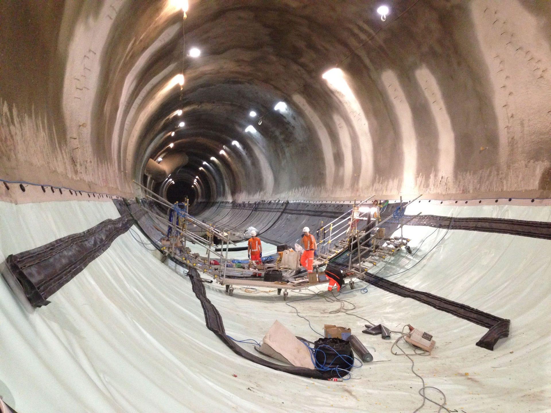 Kunststof waterdichting voor tunnels onder London